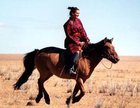 julia roberts horseriding